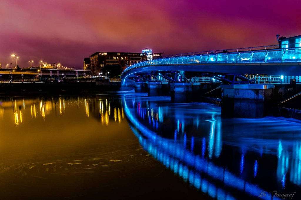Lagan Weir Pedestrian and Cycle Bridge